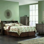Shoal Creek Diamond Ash Bedroom