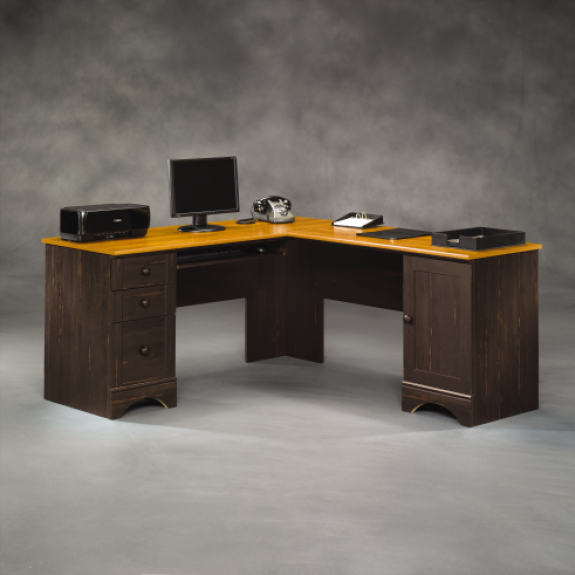 L-shaped / Corner desks