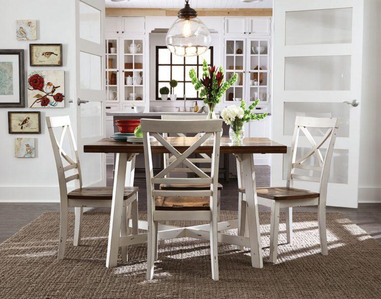 Standard Amelia Dining Table